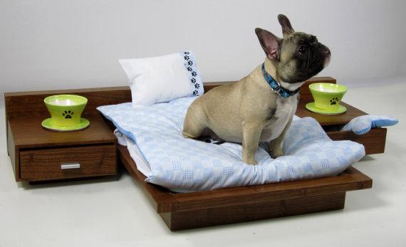 luxury-pet-bed เตียงหรูหราสำหรับสัตว์เลี้ยงจากเว็บ etsy